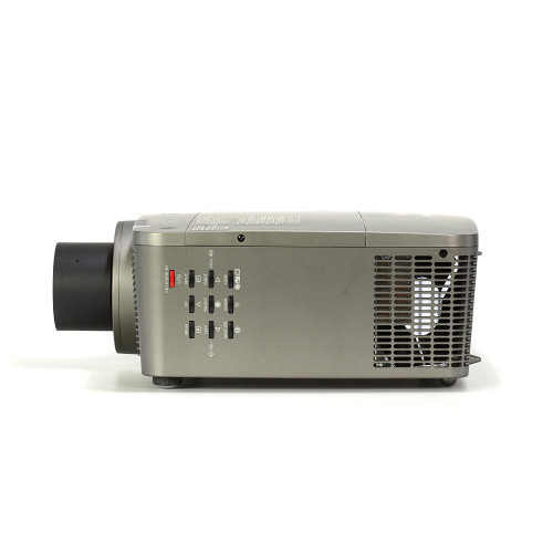 Máy chiếu EIKI LC-XL100A